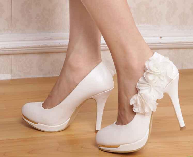e5ac32bc51b Tenue Son Mariage Mariee Les Chaussures - Le guide du mariage